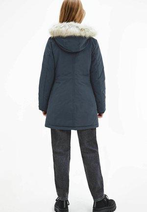 TJW - Down coat - marine