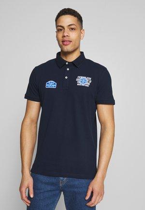 WITH BADGES - Poloshirts - sky captain blue