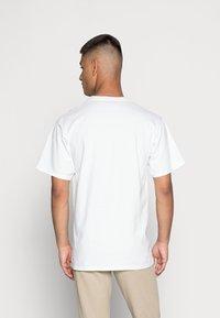 HUF - GLOBAL WARNING - T-shirt imprimé - white - 2