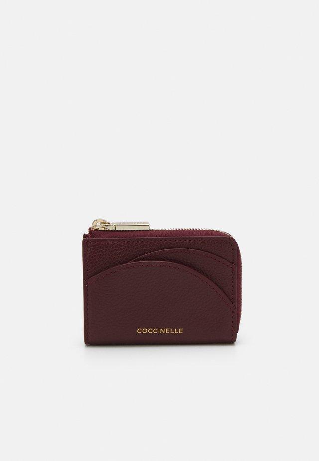 ZIP CARD CASE - Portafoglio - marsala