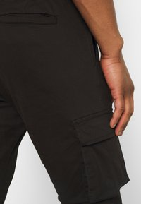 Brave Soul - DIVIDE - Cargo trousers - black - 3