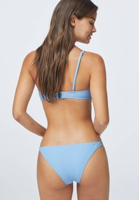 OYSHO - STRUCTURED - Bikiniunderdel - light blue - 2