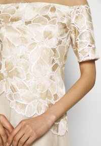 Adrianna Papell - EMBROIDERED GOWN - Abito da sera - champagne/ivory - 4