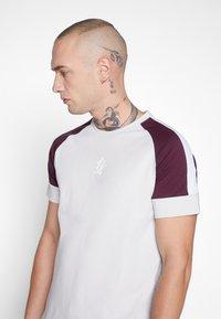 Gym King - CORE PLUS - T-shirt print - microchip/fig - 4