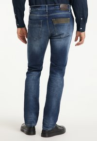 Pioneer Authentic Jeans - STAN - STRAIGHT FIT - Straight leg jeans - stone used - 2