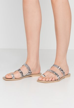 ISALA - T-bar sandals - shadow