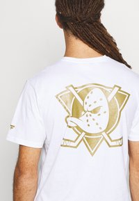 Fanatics - ANAHEIM LOGO GRAPHIC - Club wear - white - 5