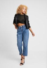Noisy May Petite - NMMIA HEAT - Jeans Straight Leg - medium blue denim - 1
