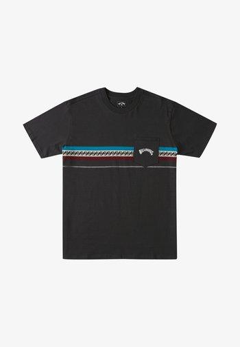 SPINNER - Print T-shirt - raven