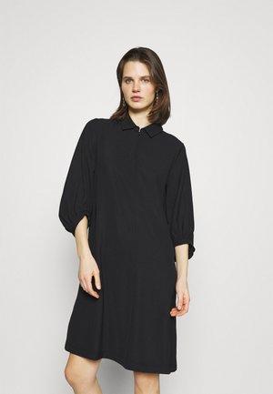 QUEDRIK - Day dress - black