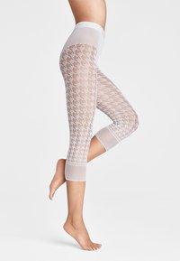 Wolford - DYLAN CAPRI - Leggings - Stockings - white - 1