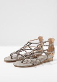 Alma en Pena - T-bar sandals - oporto pewter - 4