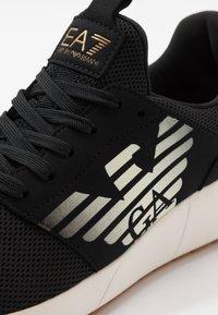EA7 Emporio Armani - Sneakersy niskie - black - 5