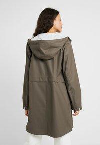 Vero Moda Tall - VMFRIDAY NEW COATED - Waterproof jacket - bungee - 2