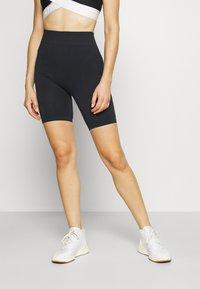 Ellesse - VIRTUA SHORT - Leggings - black - 0