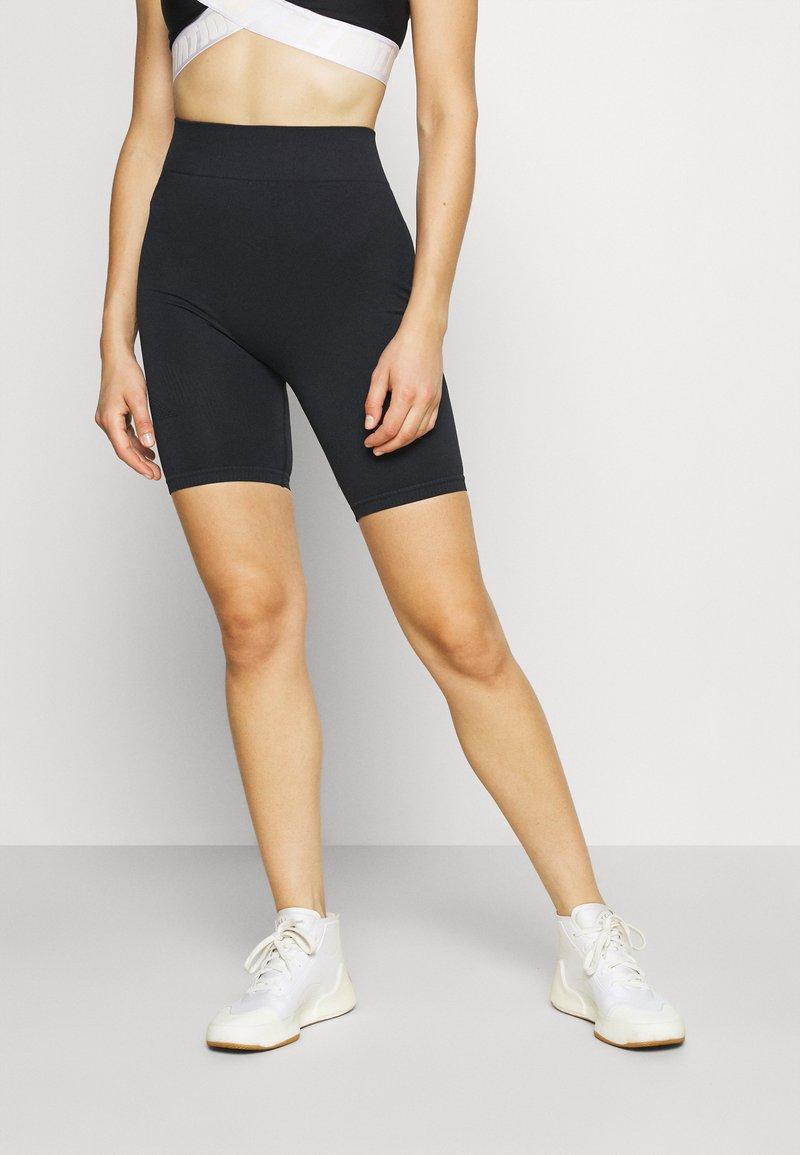 Ellesse - VIRTUA SHORT - Leggings - black