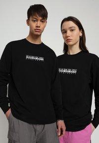 Napapijri - Långärmad tröja - black - 2