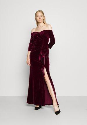 OFF SHOULDER GOWN - Společenské šaty - burgundy