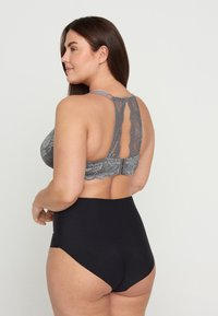 Devoted By Zizzi - FREJA - Soutien-gorge à armatures - smoked pearl - 2