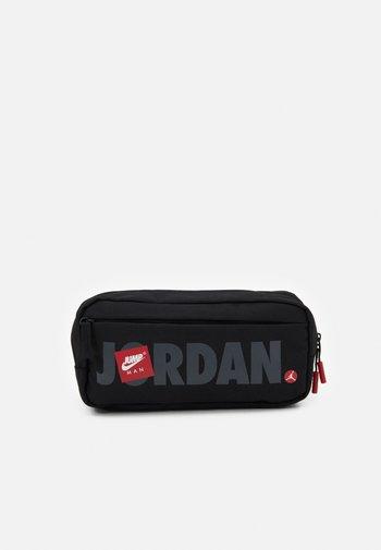 JUMPMAN BAG - Bum bag - black