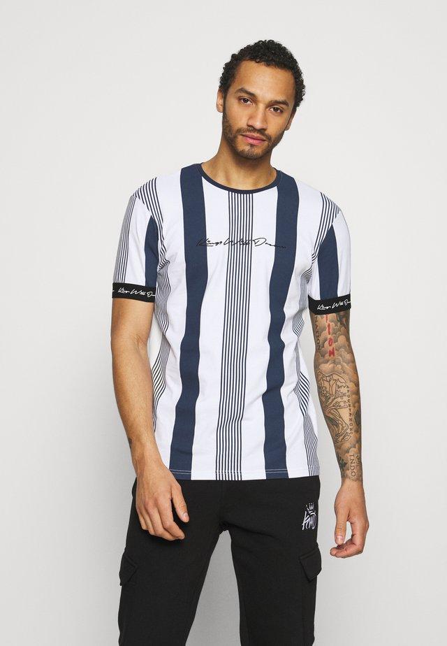 VEDTON STRIPE TEE - T-shirt con stampa - black iris/white