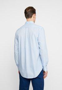 GANT - DITZY HUSK  - Hemd - white/blue - 2