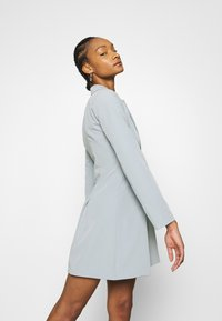 Who What Wear - JACKET DRESS - Vestido de tubo - grey - 3