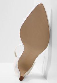 Elsa Coloured Shoes - RAINBOW CLUB PASSIONBERRY - Bridal shoes - ivory - 5