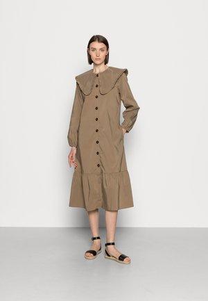 ANTONA DRESS - Shirt dress - dune