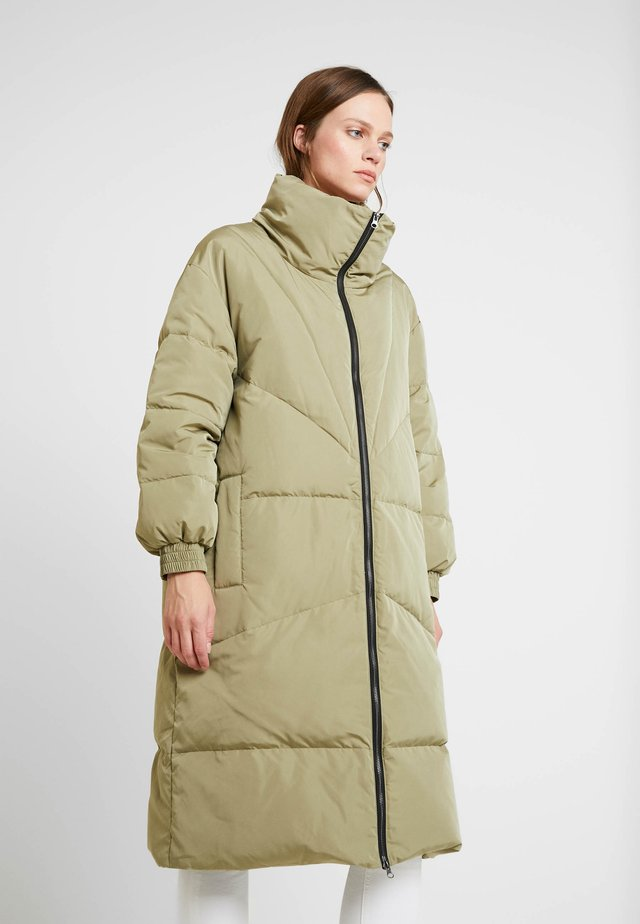 HEATHER - Down coat - light army