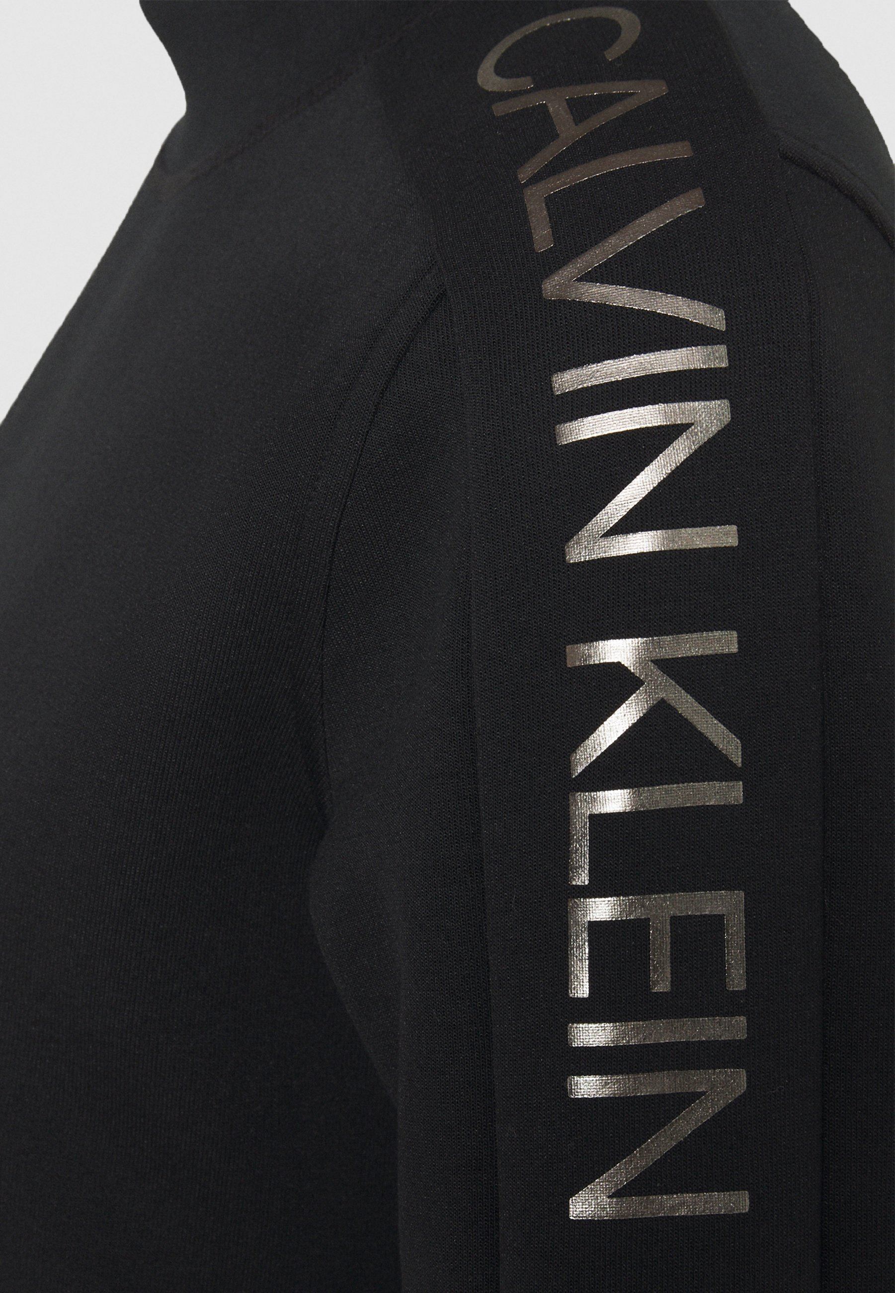 Latest Collections Women's Clothing Calvin Klein LOGO FUNNEL NECK  Long sleeved top black Ge43cFbzX