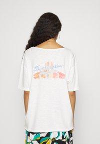 Roxy - FAIRY NIGHT - Print T-shirt - snow white - 0