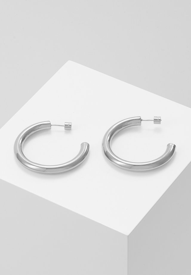 BASIC LARGE HOOP EARRINGS - Pendientes - silver-coloured