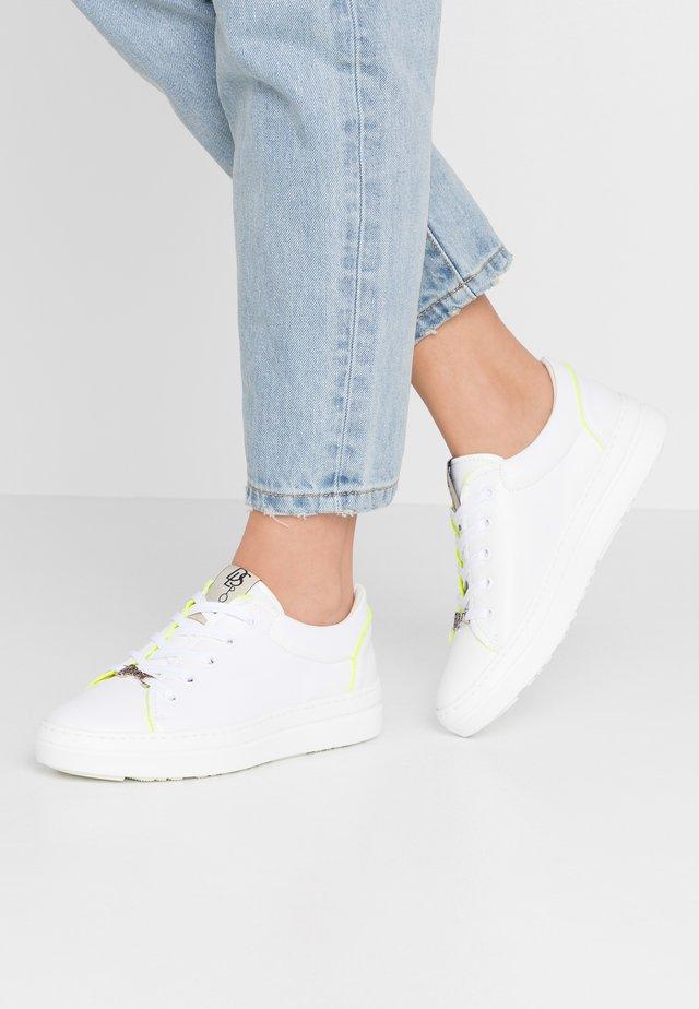 Sneakers basse - bianco/giallo