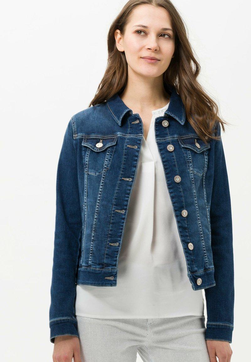 BRAX - Denim jacket - blau<d