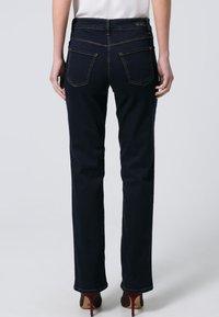 MAC Jeans - MELANIE - Straight leg jeans - dark rinsed - 7