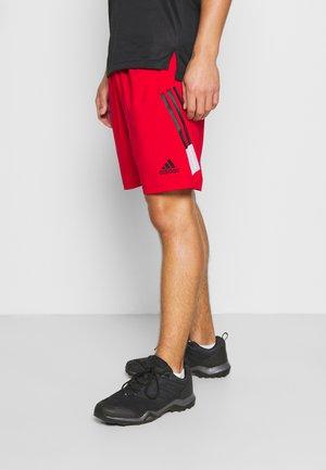 SHORT - kurze Sporthose - scarlet