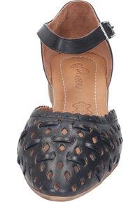 Piazza - Ankle strap ballet pumps - schwarz - 4