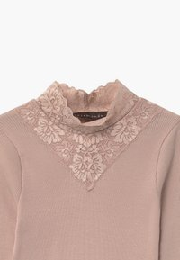 Rosemunde - ORGANIC TURTLENECK - Long sleeved top - vintage powder - 2