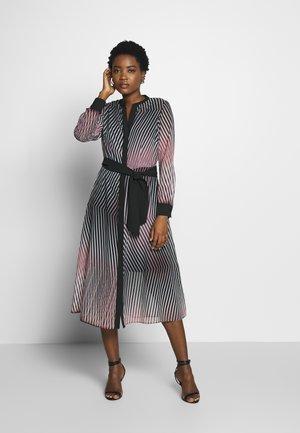 Day dress - rosé/black