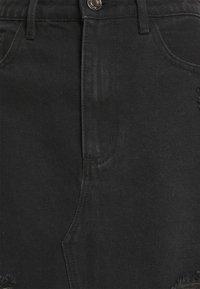 Missguided - RIPPED MINI SKIRT - Denimová sukně - black - 5