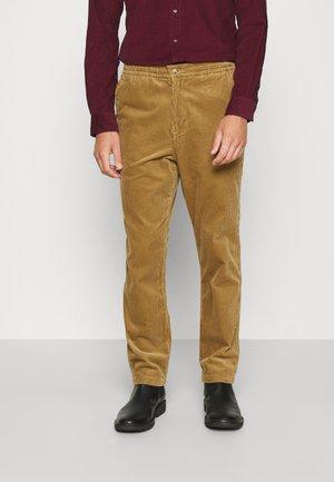 FLAT PANT - Trousers - new ghurka