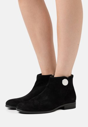 NURIA BOOT  - Ankle boots - black