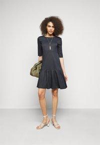 WEEKEND MaxMara - NAVARRA - Day dress - blau - 1