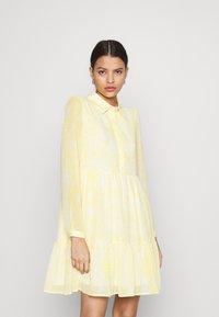 Vila - VIPLISSEA SHIRT DRESS - Shirt dress - spicy mustard - 0