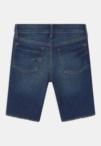 GAP - GIRL BERMUDA - Shorts di jeans - blue denim - 1