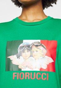 Fiorucci - RACING ANGELS TEE - Triko spotiskem - green - 5