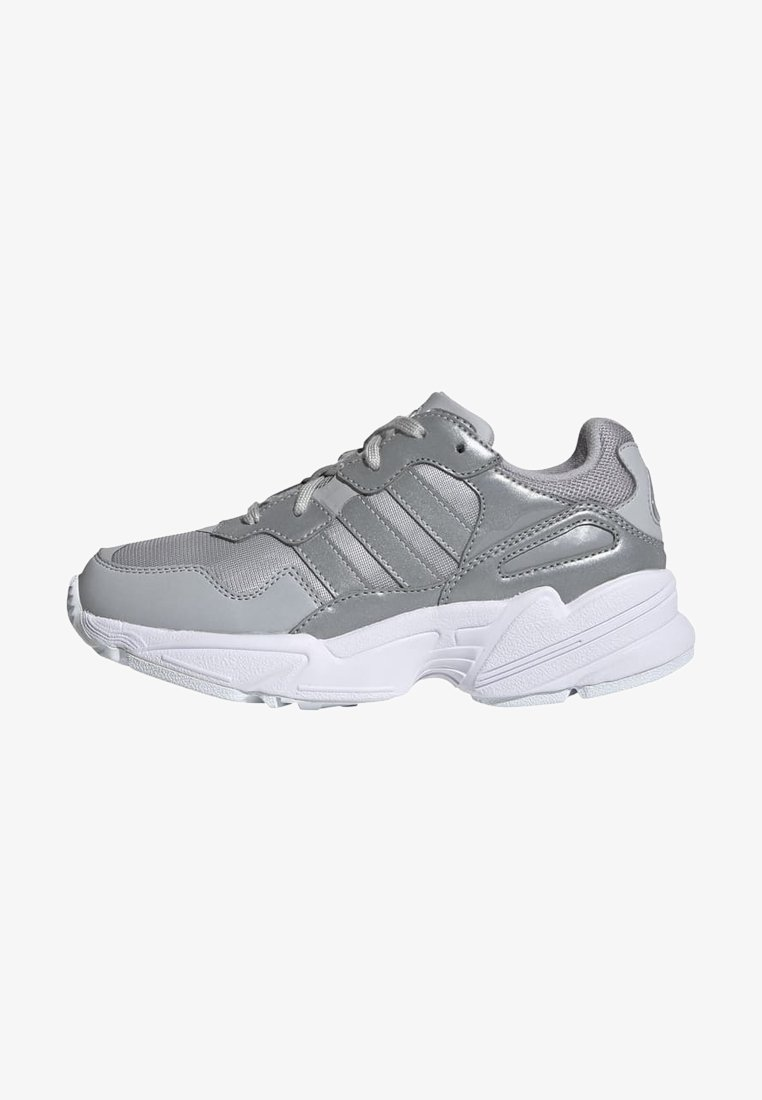 adidas Originals - YUNG-96 SHOES - Trainers - gray