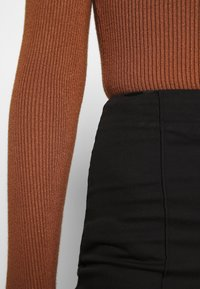 Monki - RIKA TROUSERS - Trousers - black - 4