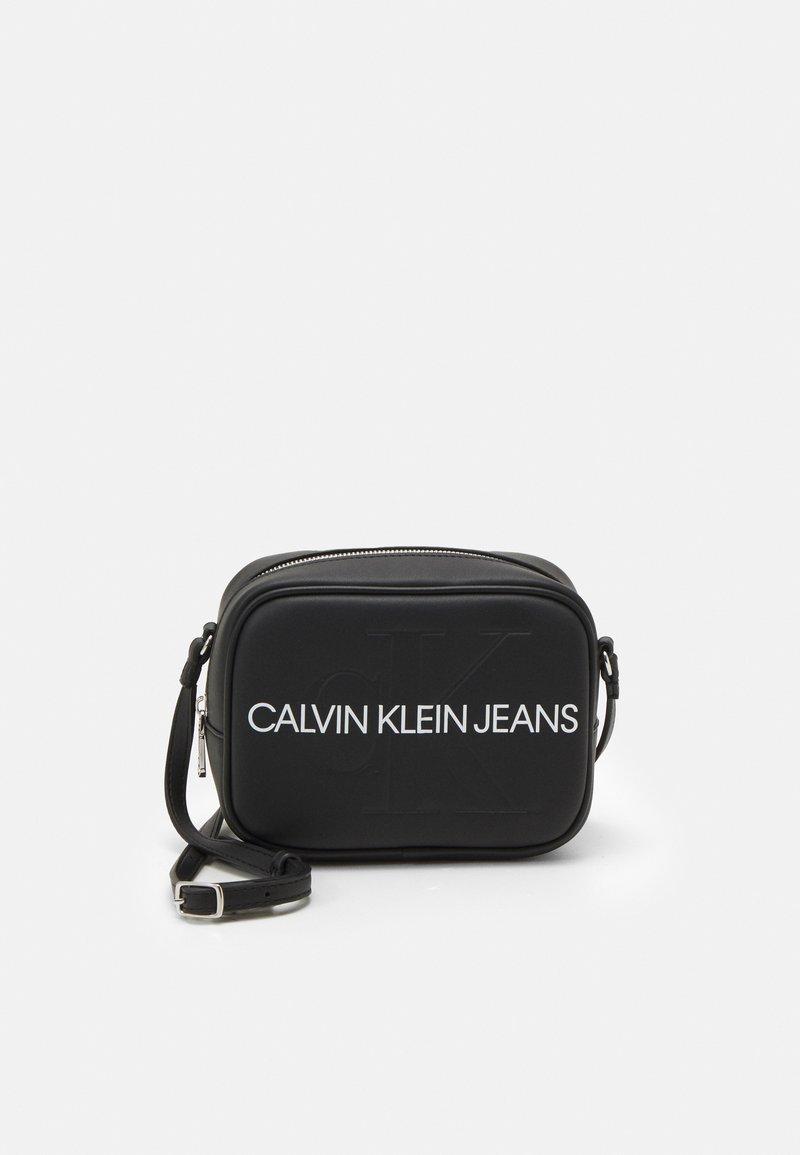 Calvin Klein Jeans - CAMERA BAG - Bandolera - black